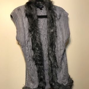 Nine West gray west with fur collar